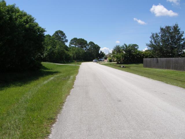 1550 SW Calmar Avenue, Port Saint Lucie, FL 34953 (#RX-10514807) :: Blue to Green Realty