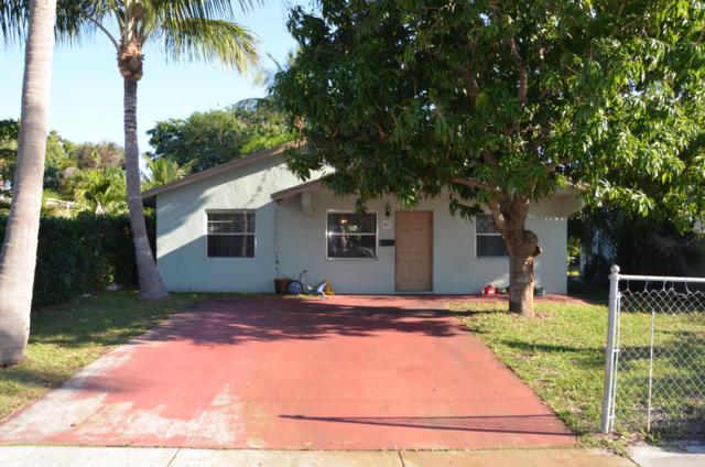 417 Upland Road, West Palm Beach, FL 33401 (#RX-10515052) :: Blue to Green Realty