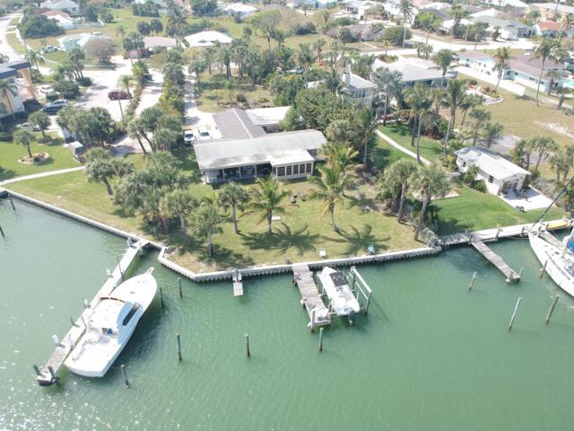 1363 Bayshore Drive, Fort Pierce, FL 34949 (MLS #RX-10516067) :: Berkshire Hathaway HomeServices EWM Realty