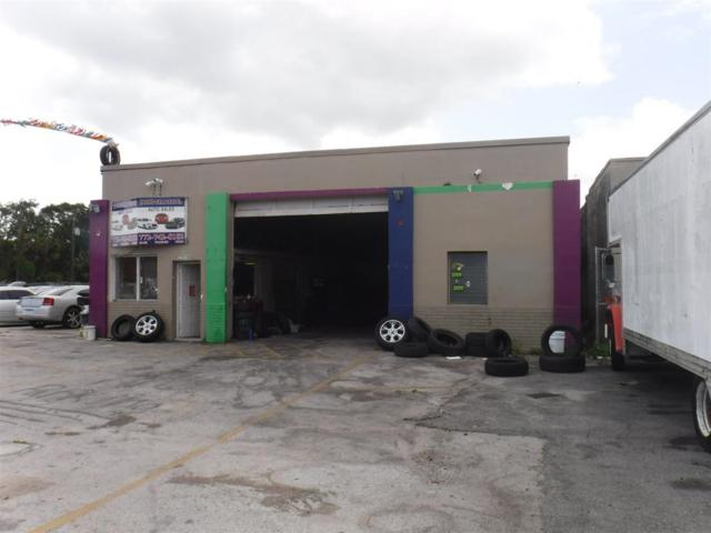 2203 Orange Avenue, Fort Pierce, FL 34950 (#RX-10519668) :: Ryan Jennings Group