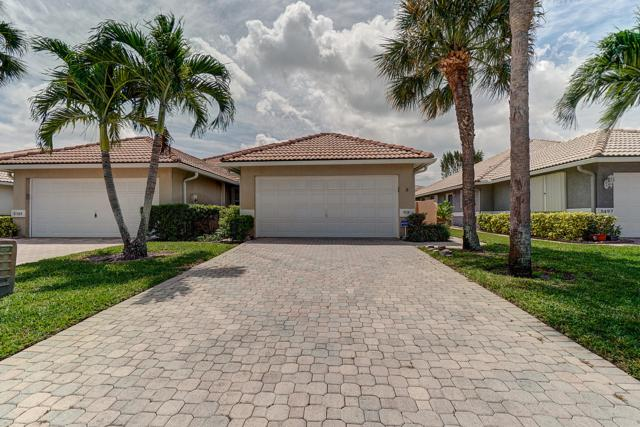 5501 Grande Palm Circle, Delray Beach, FL 33484 (MLS #RX-10521663) :: Laurie Finkelstein Reader Team