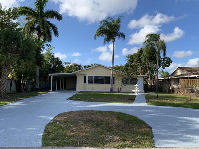 7407 Seabreeze Drive, Lake Worth, FL 33467 (#RX-10523261) :: Weichert, Realtors® - True Quality Service