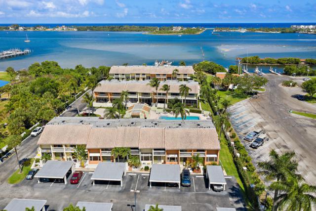 700 NE 20th Lane, Boynton Beach, FL 33435 (MLS #RX-10525001) :: The Paiz Group