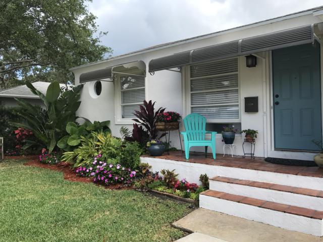 309 Columbia Drive, Lake Worth, FL 33460 (#RX-10525826) :: The Reynolds Team/Treasure Coast Sotheby's International Realty