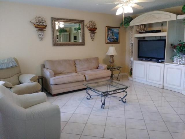 320 W Horizons #204, Boynton Beach, FL 33435 (MLS #RX-10526338) :: Berkshire Hathaway HomeServices EWM Realty