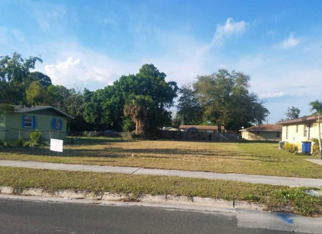 Blk 2 Lt14 Avenue M, Fort Pierce, FL 34947 (#RX-10529625) :: Ryan Jennings Group