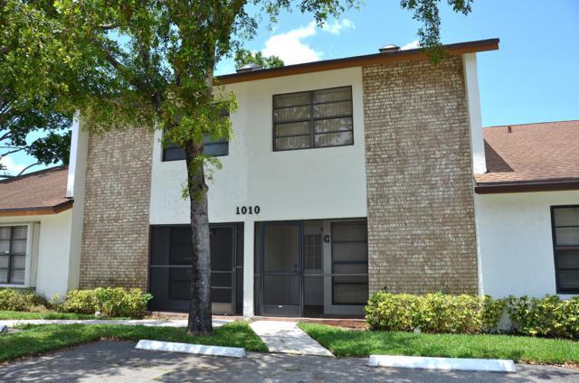 1010 Parkside Green Drive B, Greenacres, FL 33415 (MLS #RX-10531131) :: The Paiz Group