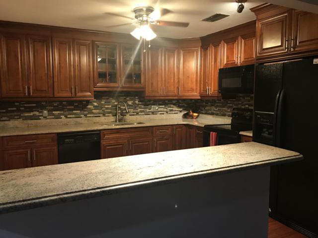 8084 Ambach Way 14-C, Hypoluxo, FL 33462 (MLS #RX-10531852) :: Berkshire Hathaway HomeServices EWM Realty