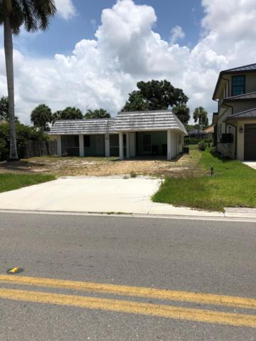 9740 Vanderbilt Drive, Naples, FL 34108 (MLS #RX-10531956) :: Miami Villa Group