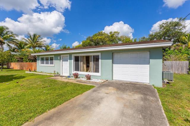 2811 Oleander Boulevard, Fort Pierce, FL 34982 (MLS #RX-10532407) :: Castelli Real Estate Services