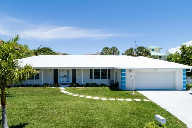 1030 Gulfstream Way, Riviera Beach, FL 33404 (MLS #RX-10532411) :: Castelli Real Estate Services