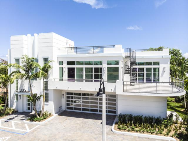 226 Palm Court, Delray Beach, FL 33444 (#RX-10532457) :: Ryan Jennings Group