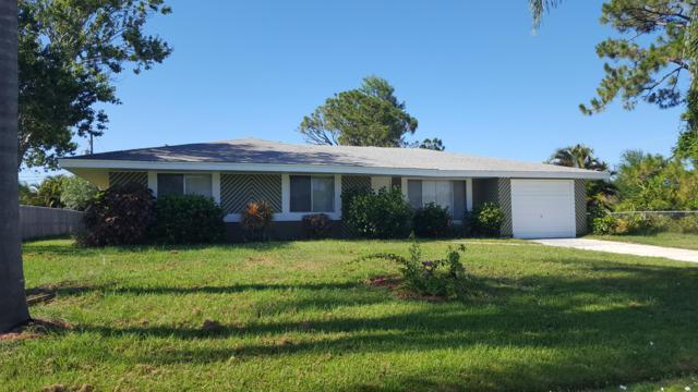 125 SW Lancaster Avenue, Port Saint Lucie, FL 34984 (#RX-10532460) :: Weichert, Realtors® - True Quality Service