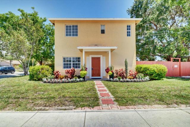 1430 S M Street, Lake Worth, FL 33460 (#RX-10532979) :: The Reynolds Team/Treasure Coast Sotheby's International Realty