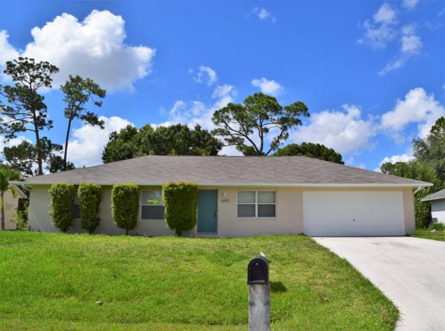 1581 SW Bellevue Avenue, Port Saint Lucie, FL 34953 (#RX-10532999) :: The Reynolds Team/Treasure Coast Sotheby's International Realty