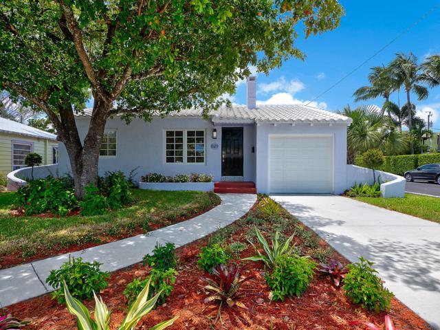 1029 N Palmway, Lake Worth, FL 33460 (#RX-10533074) :: The Reynolds Team/Treasure Coast Sotheby's International Realty