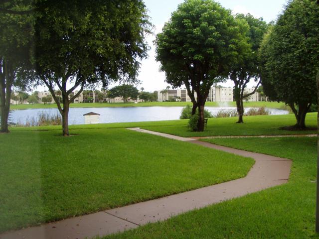 5220 Las Verdes Circle #113, Delray Beach, FL 33484 (MLS #RX-10534141) :: Berkshire Hathaway HomeServices EWM Realty