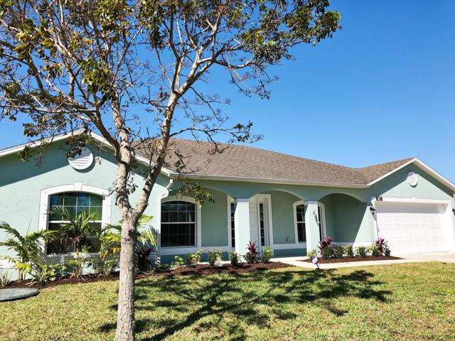838 SE Odonnell Lane, Port Saint Lucie, FL 34983 (#RX-10534925) :: Ryan Jennings Group