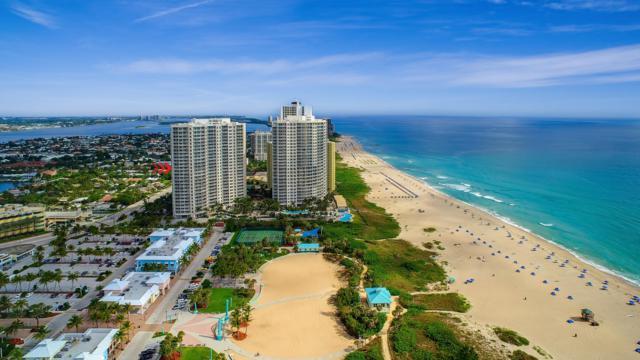 2700 N Ocean Drive 1405B, Singer Island, FL 33404 (MLS #RX-10535450) :: The Paiz Group
