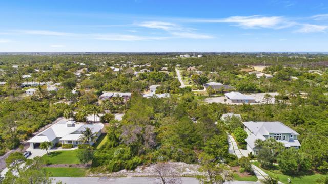 9537 SE Sharon Street, Hobe Sound, FL 33455 (#RX-10536047) :: Ryan Jennings Group