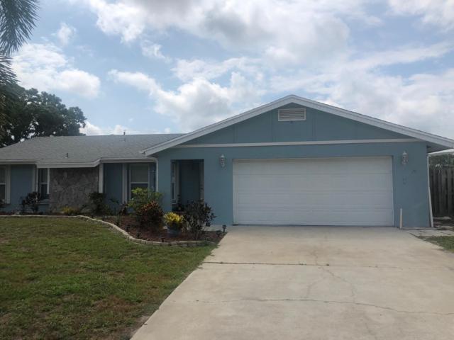 372 SE Tranquilla Avenue, Port Saint Lucie, FL 34983 (#RX-10536134) :: Dalton Wade