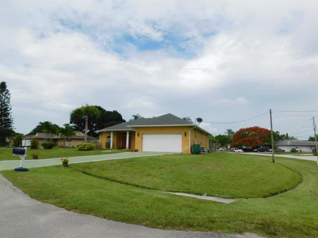 220 SE Verada Avenue, Port Saint Lucie, FL 34952 (#RX-10537058) :: Ryan Jennings Group