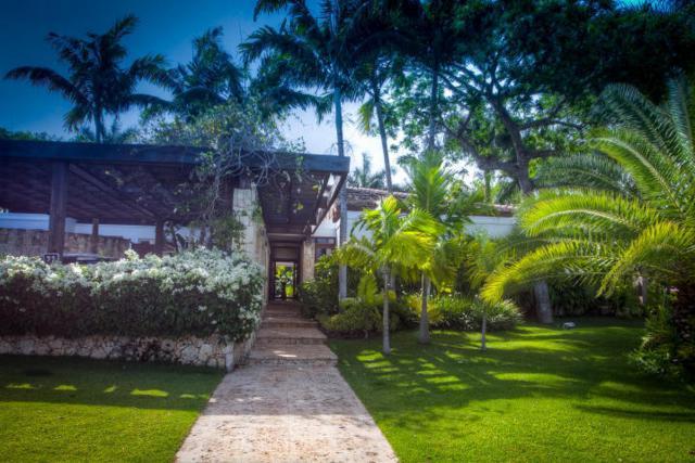 55 Las Canas I, Casa de Campo, DR 22000 (#RX-10537150) :: Ryan Jennings Group