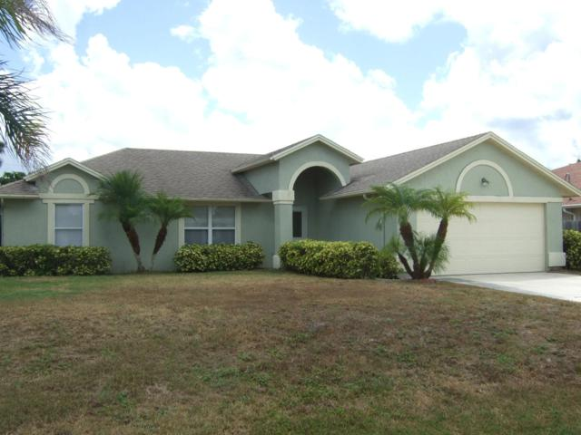 940 SW Abingdon Avenue, Port Saint Lucie, FL 34953 (#RX-10537339) :: Weichert, Realtors® - True Quality Service