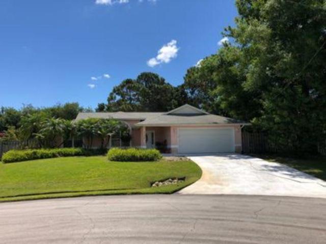 2530 SE Jason Place, Port Saint Lucie, FL 34952 (#RX-10538884) :: Weichert, Realtors® - True Quality Service