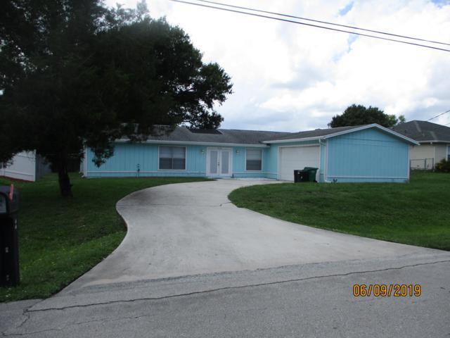 5211 Seagrape Drive, Fort Pierce, FL 34982 (MLS #RX-10539173) :: EWM Realty International