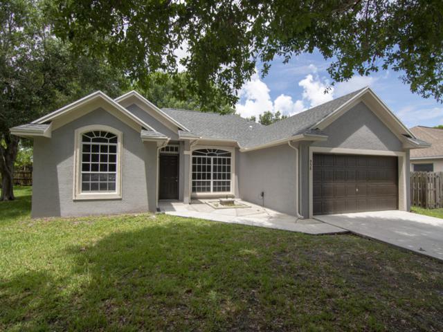958 SE Proctor Lane, Port Saint Lucie, FL 34983 (#RX-10539569) :: Dalton Wade