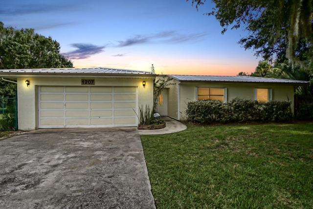 1207 Fleetwood Lane, Fort Pierce, FL 34982 (#RX-10539602) :: Ryan Jennings Group