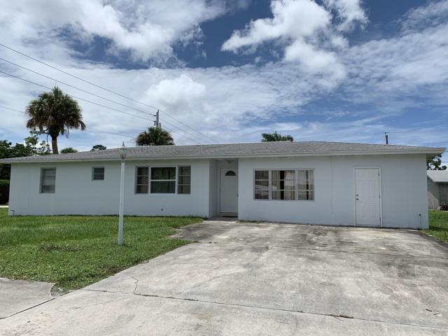 2899 SE Amherst Street, Stuart, FL 34997 (#RX-10539615) :: Ryan Jennings Group