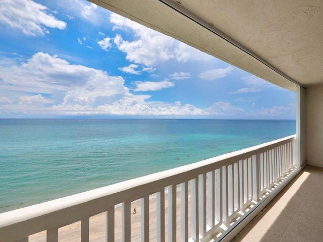 3570 S Ocean Boulevard #900, South Palm Beach, FL 33480 (#RX-10539619) :: Dalton Wade