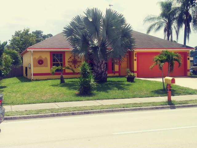 1967 SE Airoso Boulevard, Port Saint Lucie, FL 34984 (#RX-10539836) :: Ryan Jennings Group