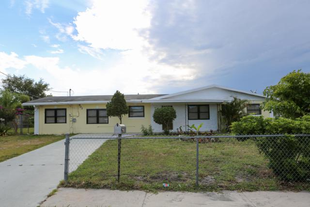 903 SE 9th Street, Stuart, FL 34994 (#RX-10539902) :: Ryan Jennings Group