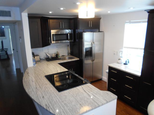 290 Normandy G, Delray Beach, FL 33484 (MLS #RX-10540688) :: Berkshire Hathaway HomeServices EWM Realty