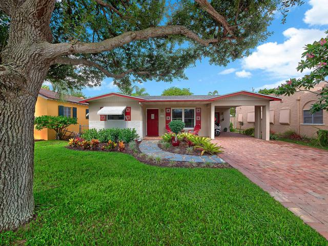 1115 N Palmway, Lake Worth Beach, FL 33460 (#RX-10540818) :: The Reynolds Team/Treasure Coast Sotheby's International Realty