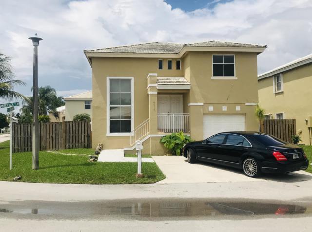 6414 Amberjack Ter Terrace, Margate, FL 33063 (#RX-10541300) :: Weichert, Realtors® - True Quality Service