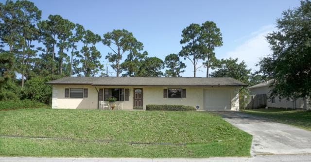 944 SW Fenway Road, Port Saint Lucie, FL 34953 (#RX-10542211) :: Ryan Jennings Group
