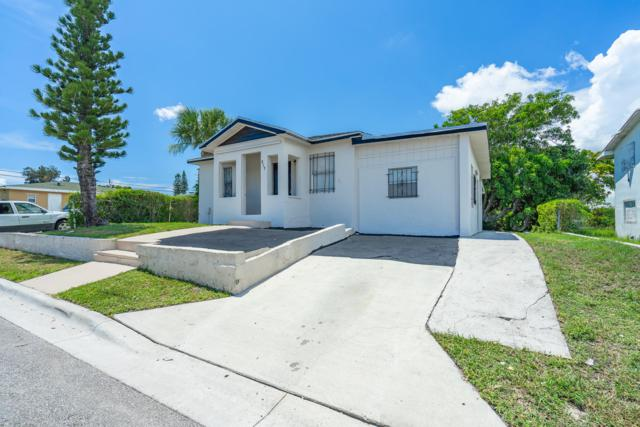 917 W 7th Street, Riviera Beach, FL 33404 (MLS #RX-10545843) :: Berkshire Hathaway HomeServices EWM Realty