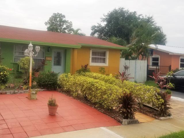 4103 NW 39th Avenue, Lauderdale Lakes, FL 33309 (MLS #RX-10546666) :: Berkshire Hathaway HomeServices EWM Realty