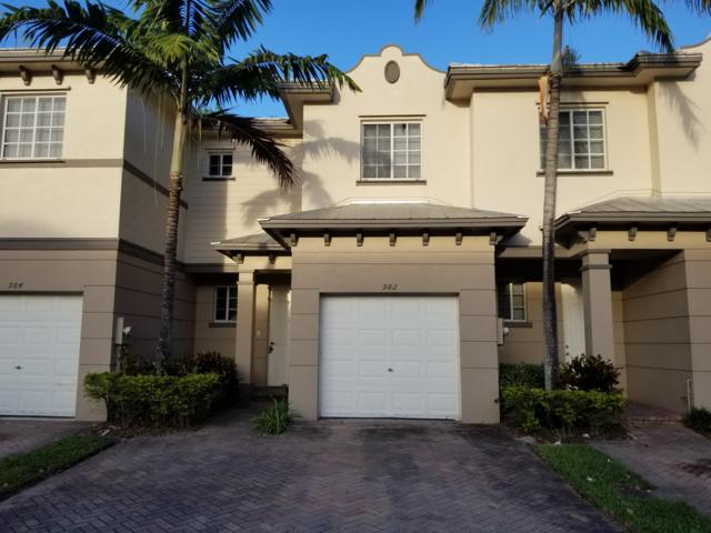 982 Lucaya Drive, Riviera Beach, FL 33404 (#RX-10547197) :: Weichert, Realtors® - True Quality Service