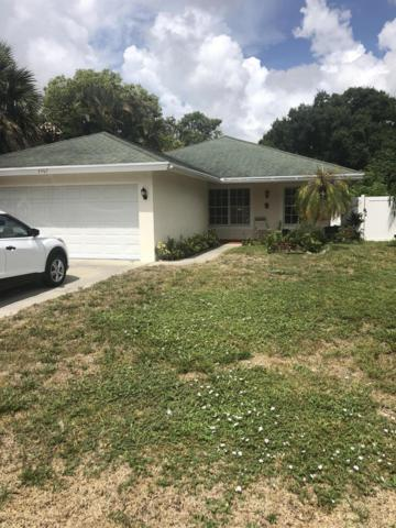 2467 Queen Street, West Palm Beach, FL 33417 (#RX-10548026) :: The Reynolds Team/Treasure Coast Sotheby's International Realty