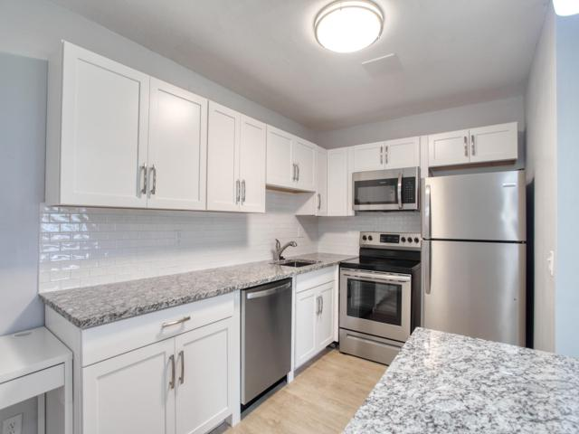 680 Horizons W #203, Boynton Beach, FL 33435 (MLS #RX-10548069) :: Berkshire Hathaway HomeServices EWM Realty