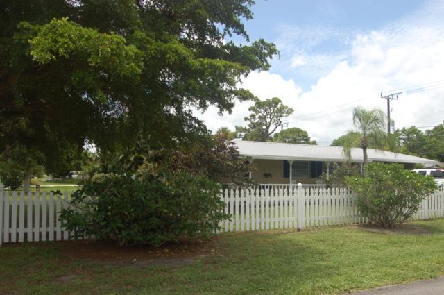 802 SE Flamingo Avenue, Stuart, FL 34996 (MLS #RX-10548277) :: Berkshire Hathaway HomeServices EWM Realty