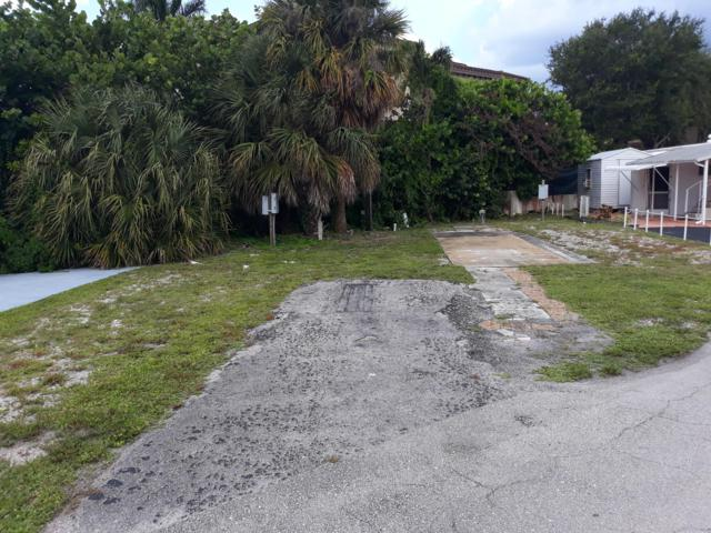 45 Easy Street, Hypoluxo, FL 33462 (#RX-10549081) :: Ryan Jennings Group