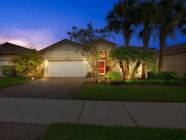 10981 SW Dunhill Court, Port Saint Lucie, FL 34987 (MLS #RX-10549100) :: Berkshire Hathaway HomeServices EWM Realty