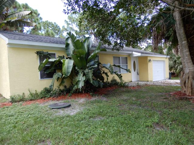 2139 SE Broward Terrace, Port Saint Lucie, FL 34953 (#RX-10549954) :: Ryan Jennings Group