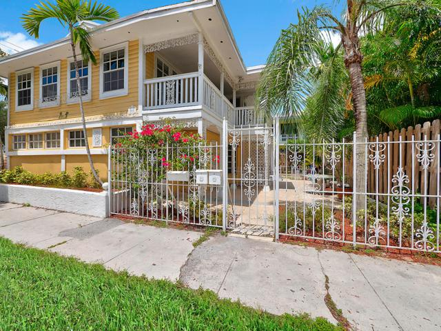 211 SE 16th Avenue 1-2, Fort Lauderdale, FL 33301 (MLS #RX-10550203) :: The Paiz Group